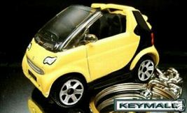 RARE ! KEY CHAIN YELLOW BLACK SMART FORTWO PASS... - $44.95