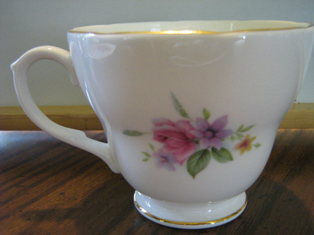 Vintage Duchess English Bone China Cup & Saucer - Beautiful Floral Pattern
