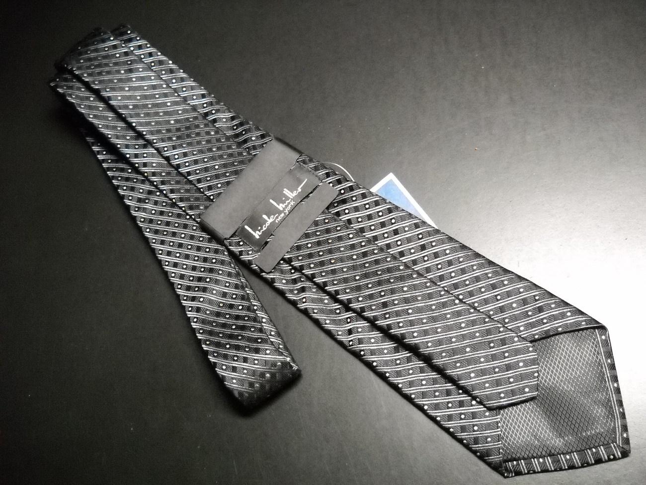 Nicole Miller Neck Tie Black Diagonal Stripes Blue Gold Accents Unworn in Sleeve