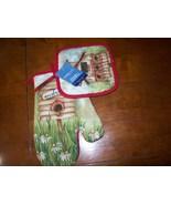 pot holder and matching oven mitt set - $3.00
