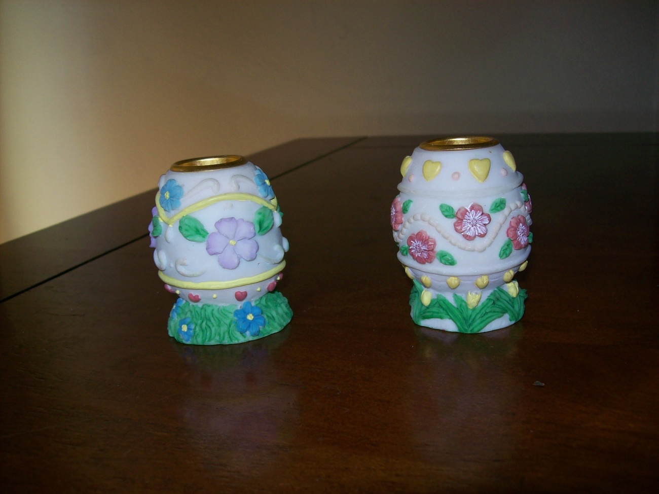 pair Easter egg candle stick holders