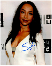 SADE Signed Autographed Photo w/ Certificate of Authenticity 430 - $145.00