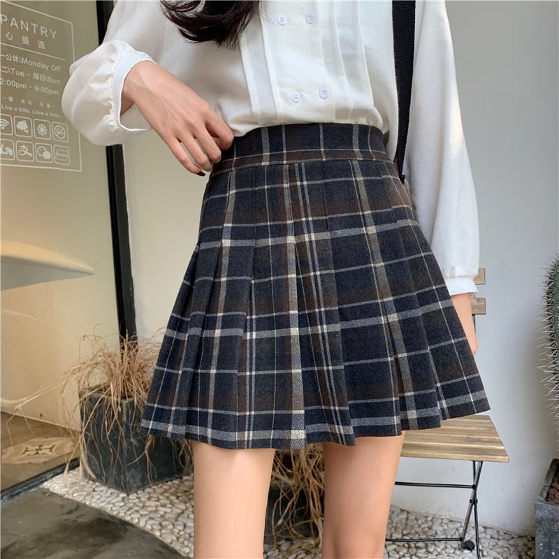 Women Navy Plaid Pleated Skirt Winter Wool Short Plaid Pleated Skirt Plus Size image 6