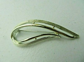 Vintage Sarah Coventry Signed silver tone Art Deco Brooch Pin - $12.00