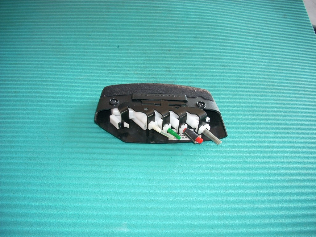 2010 MERCEDES E350 LEFT DRIVER FRONT SEAT CONTROL SWITCH A0008007978 GENUINE OEM