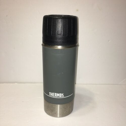 Primary image for Vintage Thermos Vacuum Bottle (.99 Liter/1.03 QT) W/ 781 Stopper W/Spout Black