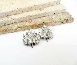 Vintage Signed Napier Silver Tone Maple Leaf Clip On Earrings R54 - $18.99