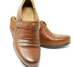 Clarks Artisan Bootie Shoes Sz 9 1/2M Brown Leather Ankle Boots Pumps Heels - $27.08