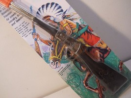 Diecast Western Cowboy Riffle Vintage Heavy Diecast  nTy56 - $14.99
