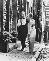 Steve Mcqueen And Faye Dunaway B&W Photo 16x20 Canvas Giclee - $69.99