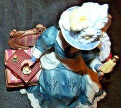 Miss Albee Award Figurine with Box Avon AA20-2155 Vintage image 11