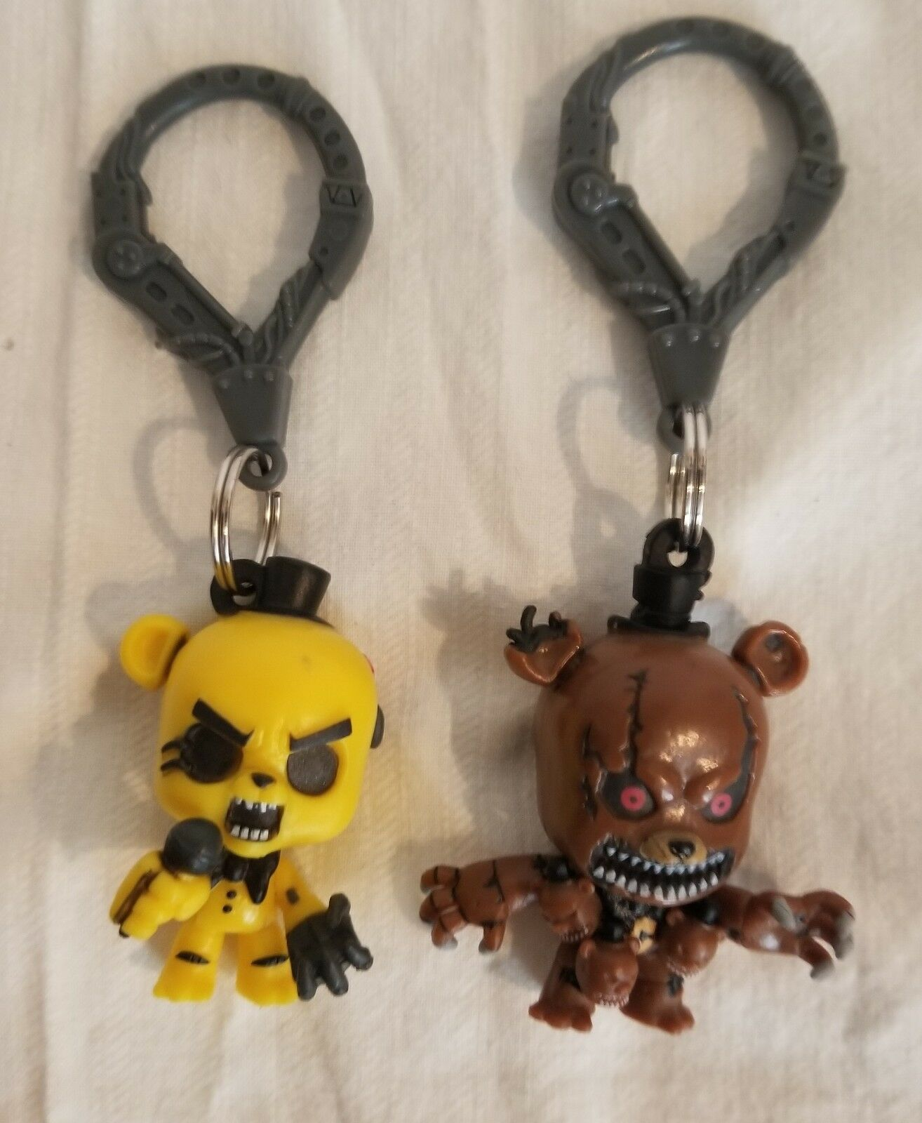 Authentic Five nights at Freddys keychains....Free Shipping