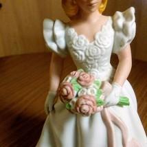 Vintage Avon 1986 Summer Bride Hand Painted Fine Porcelain Figurine  image 3