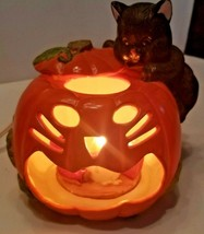 Vintage 1991 Enesco Craved Pumpkin, Black Cat and a Mouse Lighted Figurine - $49.49