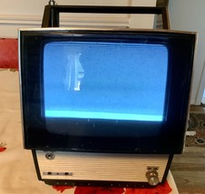 Vtg Sony Transistor TV Receiver model TV-7000 - $149.99