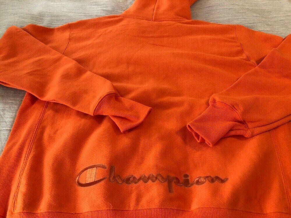 Champion Script Reverse Weave Zip Hoodie Exclusive