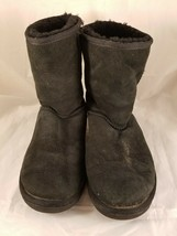 Ugg australia classic black suede short sheep boots size 8 woman style 5825 - $38.93
