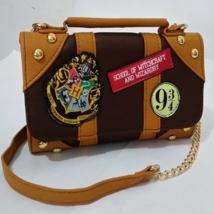 Hogwarts Themed Hand Bag School Badge Wallet Package Harry Potter Collec... - $31.03 CAD