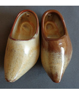 Hard To Find Frankoma 915A Miniature Dutch Shoes Wall Hanging Pair AS IS... - $14.99