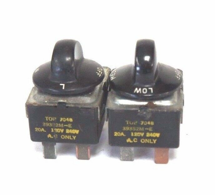 LOT OF 2 GENERIC 393S2M-E SELECTOR SWITCHES TOP 7048 20A, 120-240V, 393S2ME