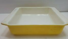 Vintage Pyrex square yellow casserole dish 922 8×9×2  Baking  cake dish - $14.99