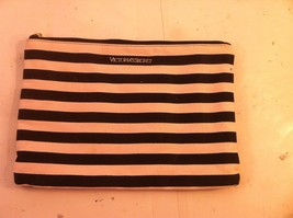 Victoria's Secret Makeup / Accessory / Cosmetic BAG--9 X 12---FREE SHIP---EUC - $11.66