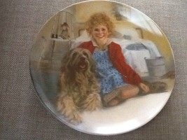 Vtg 1982 Knowles Ltd. Edition Collector Plate Annie and Sandy First Issu... - $18.95