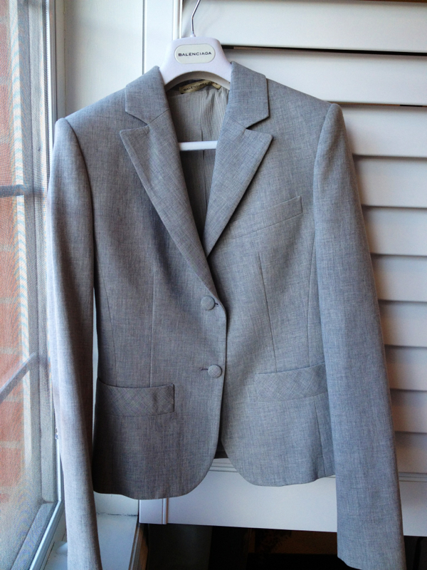 BNWOT Gray BALENCIAGA Blazer in size FR40