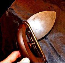 "Sad Iron with Wooden Handle""C"" AB 565-QVintage image 4"