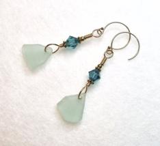 Sea Glass Earrings, Turquoise Blue and Gold Dangle Swarovski Elements Gi... - €23,18 EUR