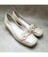 Liz Claiborne Womens Dominique  Sz 8 M Gold  Leather Slip On Loafer - $24.99