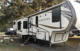2016 Keystone Montana 3791RD For Sale In Caldwell, Idaho 83686 image 2