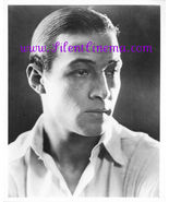 Rudolph Valentino STUDIO PORTRAIT PUBLICITY Photo #37 - $15.00