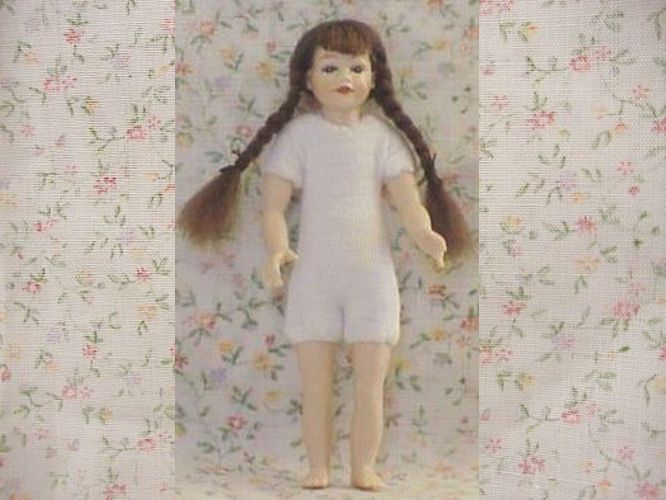 DOLLHOUSE Girl Doll Undressed HOXKK02 Heidi Ott brown braids Miniature