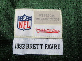BRETT FAVRE / HALL OF FAME / AUTOGRAPHED GREEN BAY PACKERS THROWBACK JERSEY COA image 6