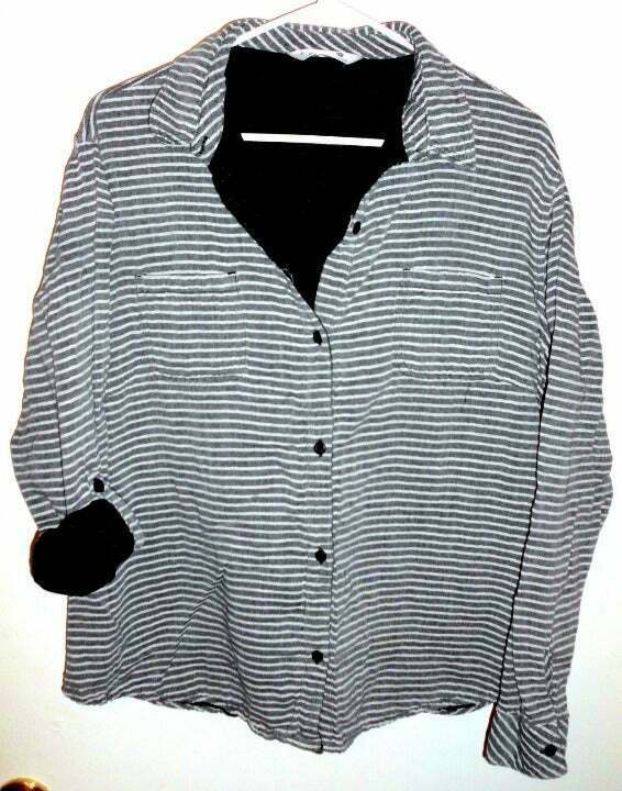 Primary image for RIDERS BY LEE Button Front Shirt Plus XXL Women's Striped Grey White