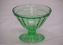 1930's Colonial Block Green Anchor Hocking Champagne Sherbet Depression Glass - $12.86