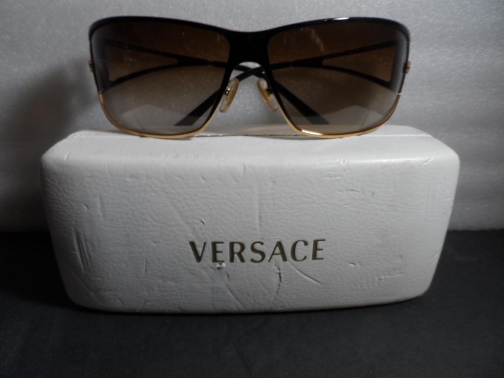 3a4f8cdb4df5e Vercase Italy Sunglasses - Mod 2040 Gold and 50 similar items