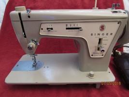 Singer 237 ZZ sewing machine Vintage EUC - $130.55