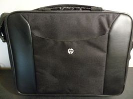 "Hp Laptop Caring Case Nylon 15"" - $12.00"