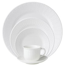 Wedgwood Nantucket Basket 5-Piece Place Setting NEW IN THE BOX - $88.83