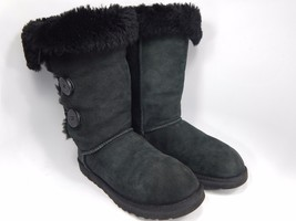 UGG Bailey 3 Button Black Sheepskin Boots Size: 7 M (B) EU 38  Model # 1873