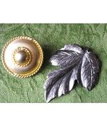Vintage Dress Coat Hat Scarf Clips Large Gold Button & Shiny Pewter Gra... - $9.50