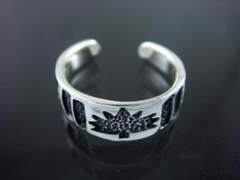 Sterling Silver Maple Leaf Oxidized Adjustable Toe Ring - $11.00