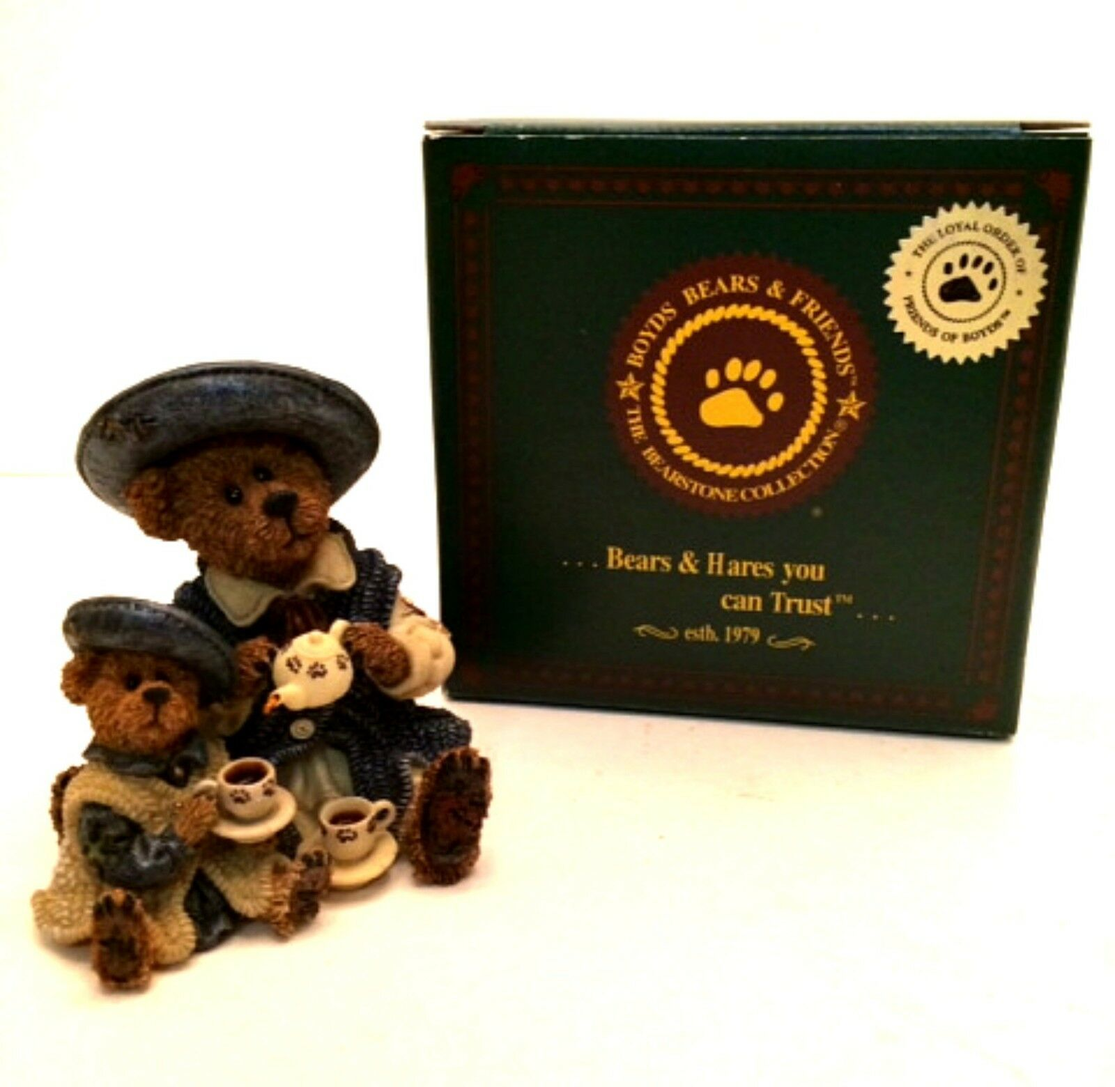 Boyd's Bears Figurine Catherine and Caitlin Berriweather Fine Cup of Tea