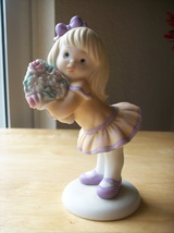 """1992 Enesco Sisters & Best Friends """"Love you Bunches!"""" Figurine  - $14.00"""