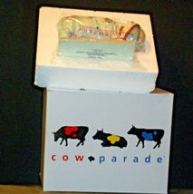 CowParade Moooonwalk (Resin) Westland Giftware # 9120 AA-191919  Vintage Collect image 3