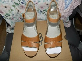 UGG Almond Cloverdale Wedge Sandal Size 10 Women's NEW - $120.15