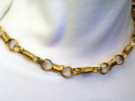 RAQUEL Fancy Infinity Link Gold Plated Necklace Designer Signed Vintage ... - $17.81