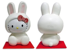 Shigaraki Hello Kitty Rabbit porcelain Pottery Figurines Plush doll Japa... - $121.32